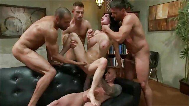 Kat Dior - Poniéndose cabeza en la casa videos y peliculas x de huéspedes - Cinta sexual latina