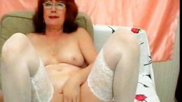 Madre gorda alentó a su hijo a peliculas para adultos tres equis tener sexo en familia