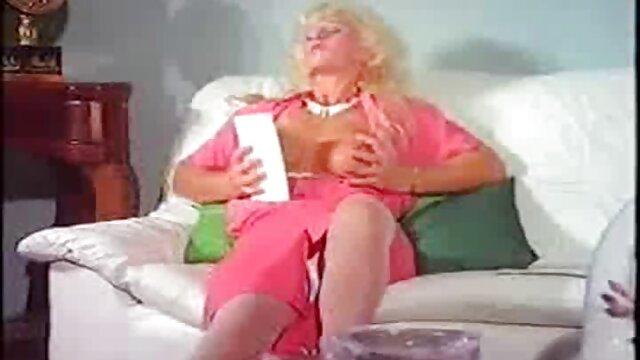 Madura PAWG mamá con vagina película de tarzán xxx muy hambrienta