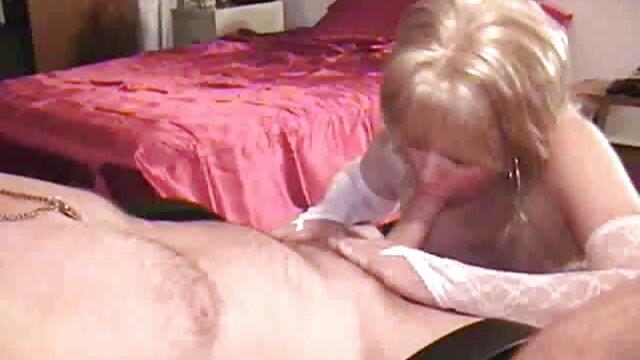 La jefa estresada Samantha visitó gordas triple xxx el spa de masajes