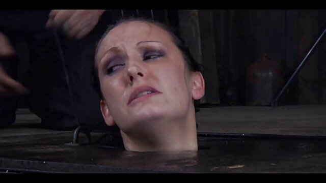 Kagney Linn Karter seduciendo a su hijastro peliculas de sexo tres x