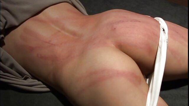 Sunshine Masturbación - Rubia voluptuosa dedos su caja peliculas para adultos clasificacion tres x