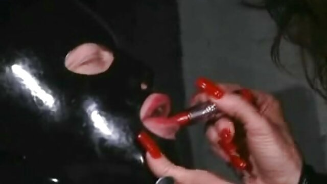 Daniela Ign. jugando con sexo por dinero en español xxx consolador