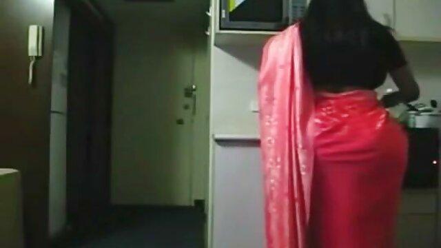 Sex shop girl hace la prueba de descargar peliculas x por torrent juguetes