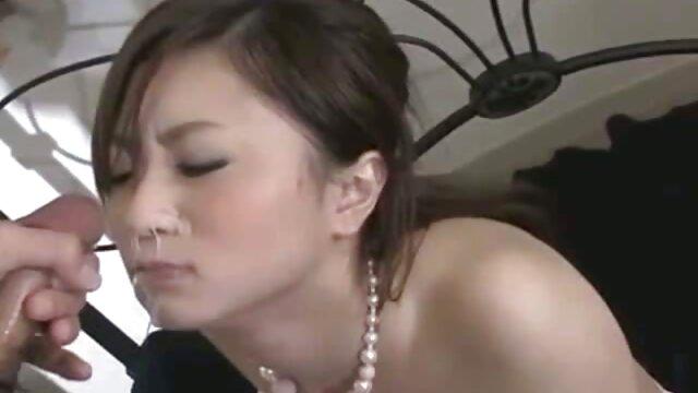 Angela Wil. peliculas vintage x chupando a su novio en cam