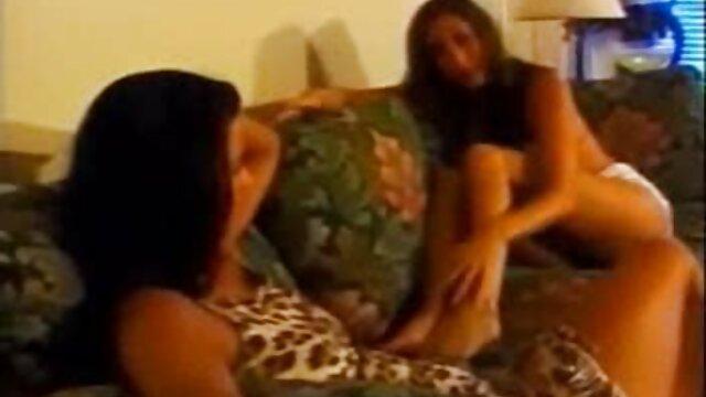 Grandes tetas exóticas ver videos triple x gratis baño se burlan de la webcam