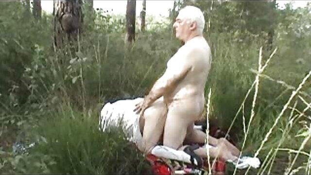 Hacer mi yoga siempre te pone pelicula xxx tarzan tan cachonda JOI
