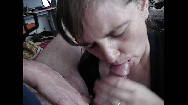 Rubia xxx español por dinero peluda se masturba y luego folla