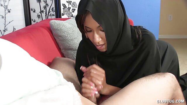 Twistys peliculas pornograficas xxx gratis - Tiffany Brookes protagonizada por Less Teacher More Orga